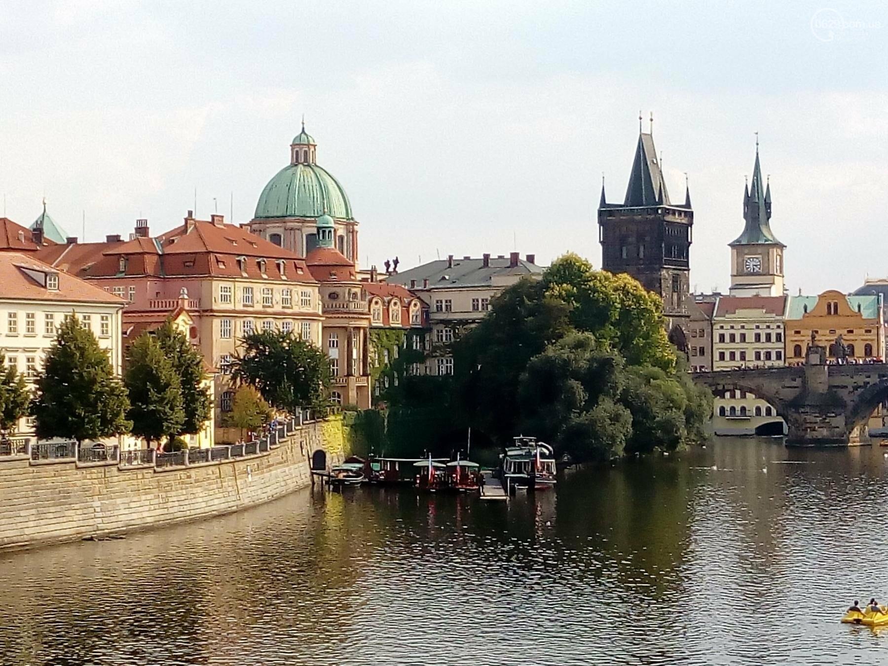 Город красных крыш. Как мариупольцам добраться в Прагу, что посмотреть, и сколько для этого нужно денег (ФОТО), фото-17