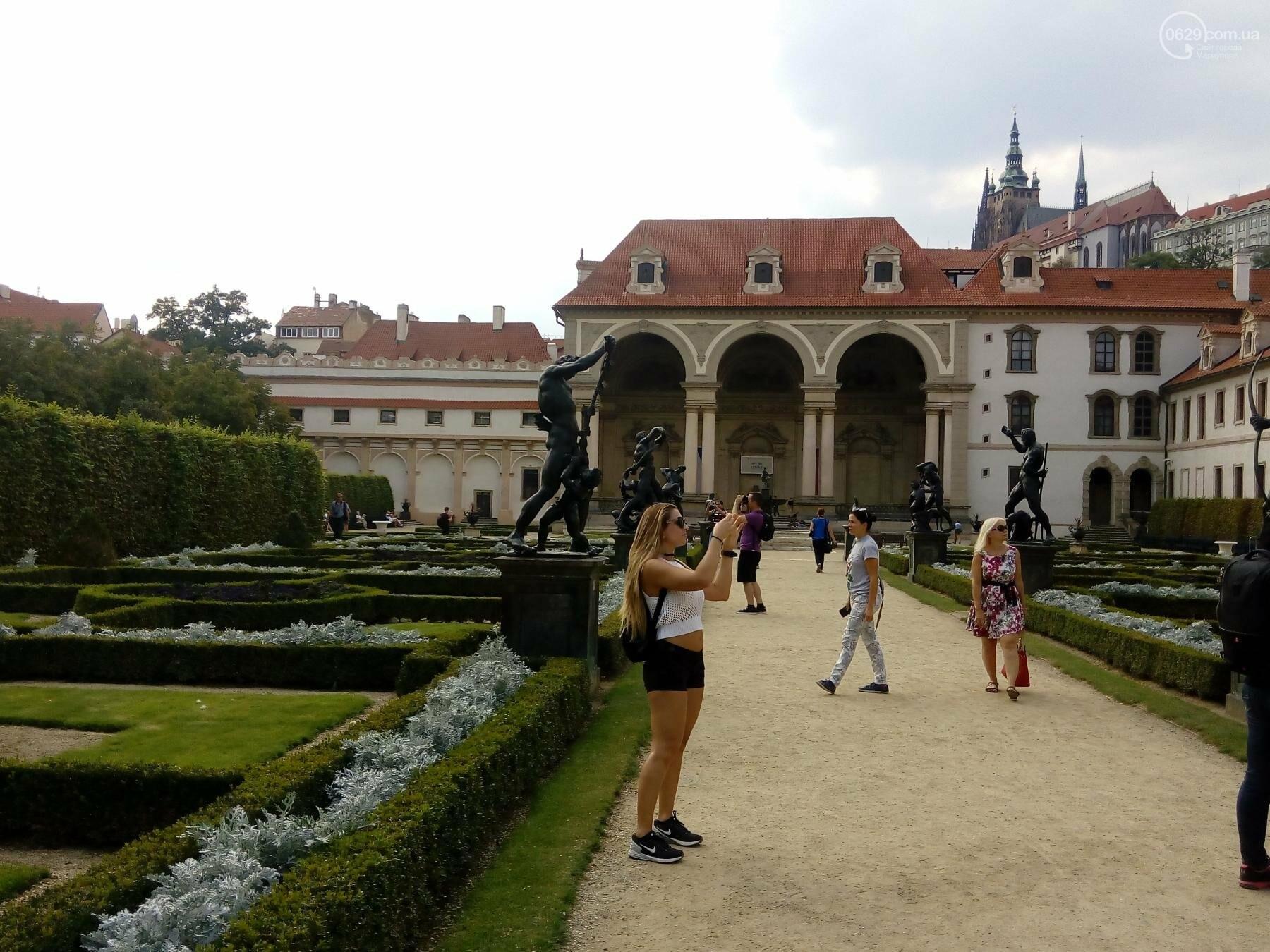 Город красных крыш. Как мариупольцам добраться в Прагу, что посмотреть, и сколько для этого нужно денег (ФОТО), фото-16