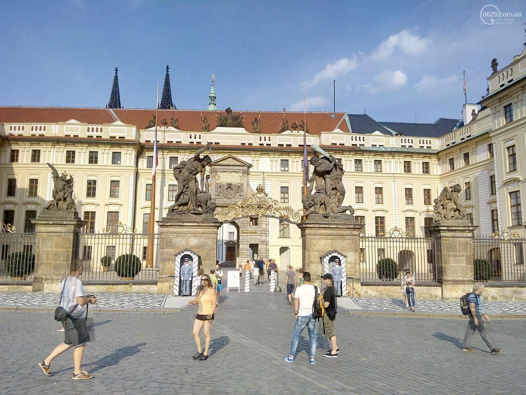 Город красных крыш. Как мариупольцам добраться в Прагу, что посмотреть, и сколько для этого нужно денег (ФОТО), фото-15