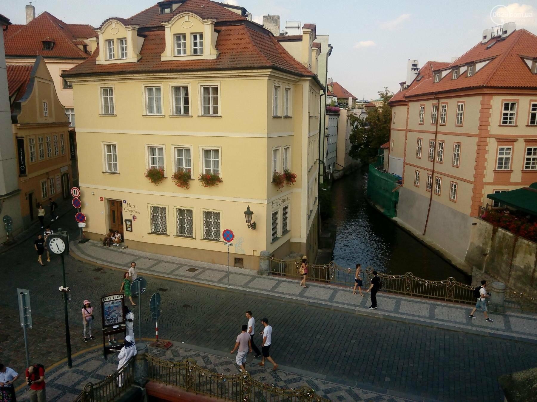 Город красных крыш. Как мариупольцам добраться в Прагу, что посмотреть, и сколько для этого нужно денег (ФОТО), фото-4