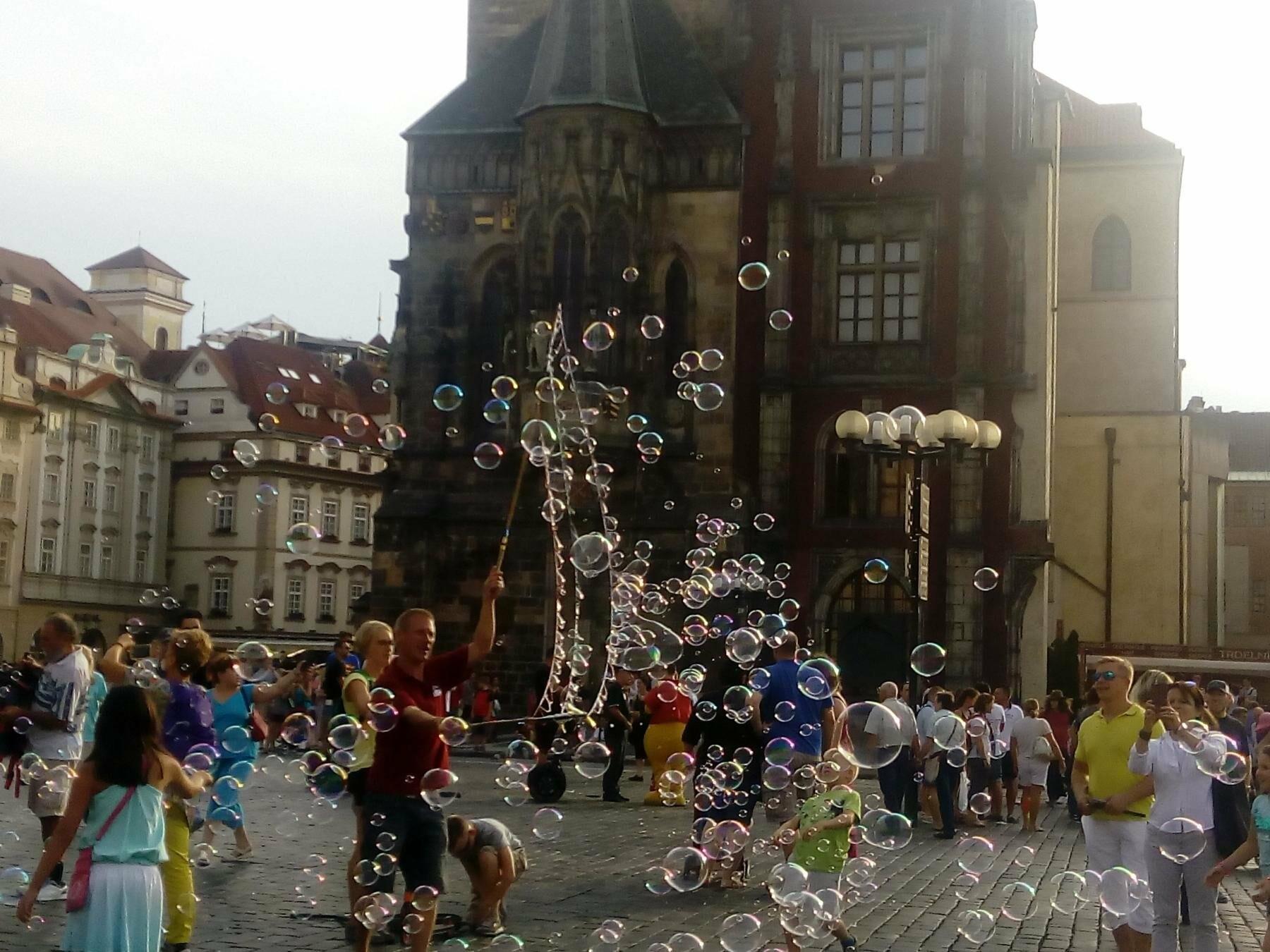Город красных крыш. Как мариупольцам добраться в Прагу, что посмотреть, и сколько для этого нужно денег (ФОТО), фото-7