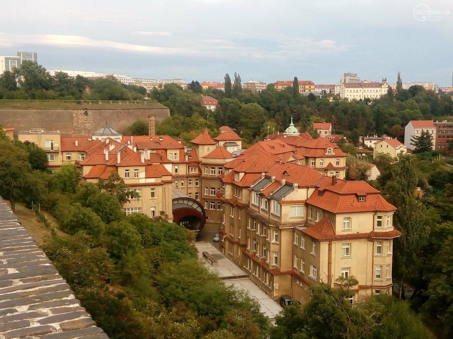 Город красных крыш. Как мариупольцам добраться в Прагу, что посмотреть, и сколько для этого нужно денег (ФОТО), фото-32
