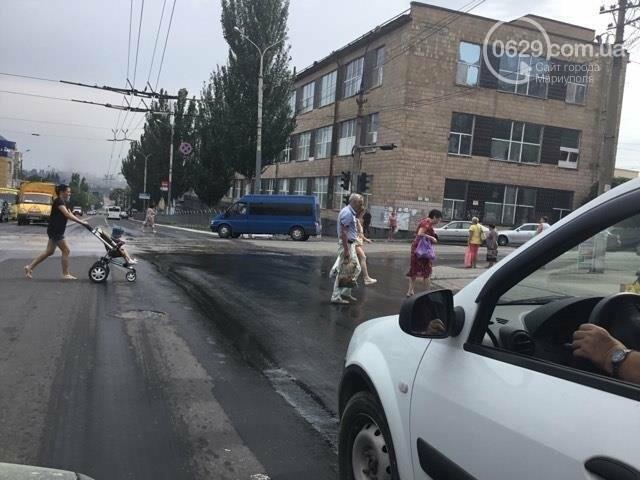 В Мариуполе питьевая вода заливала проспект Металлургов (ФОТО), фото-4
