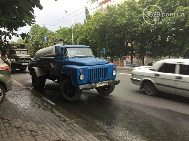 В Мариуполе питьевая вода заливала проспект Металлургов (ФОТО), фото-5
