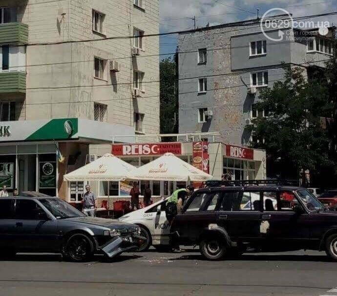 В центре Мариуполя пассажирка  автомобиля Mazda разбила голову (ФОТО), фото-5