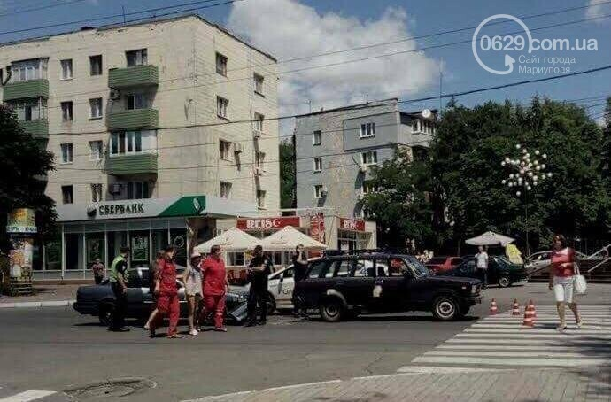 В центре Мариуполя пассажирка  автомобиля Mazda разбила голову (ФОТО), фото-6