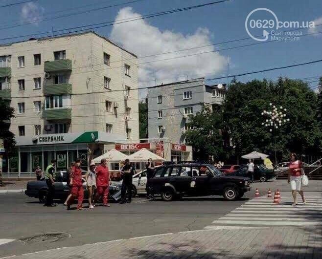 В центре Мариуполя пассажирка  автомобиля Mazda разбила голову (ФОТО), фото-7