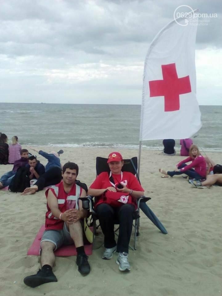 Из кафе на Песчаном в разгар фестивального веселья выпал 21-летний парень, фото-2