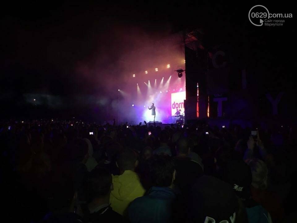 """В Мариуполе популярные музыканты """"зажигали"""" танцпол и """"качали"""" толпу на пляжном фестивале (ВИДЕО+ФОТО), фото-7"""