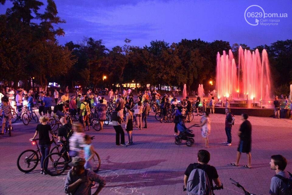Мариупольские велосипедисты провели ночной заезд, чтобы их заметили(ФОТО), фото-2
