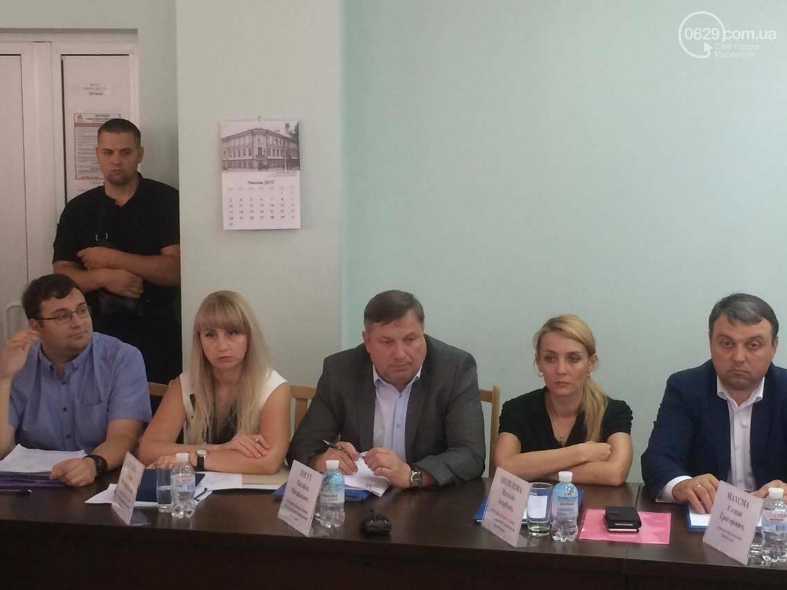 В Мариуполе ЖЭК и ДРЖКИ саботируют переход на новый уровень обслуживания многоквартирных домов (ВИДЕО), фото-3