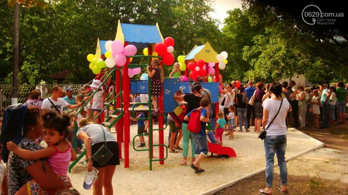 В Мариуполе построили детскую площадку на месте спиленного дерева (ФОТО, ДОПОЛНЕНО), фото-7