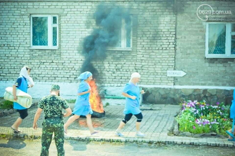 В Мариуполе осужденные женщины боролись с огнем (ФОТО), фото-7