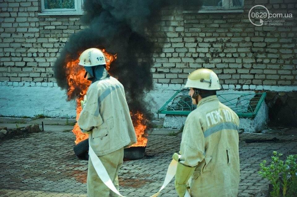 В Мариуполе осужденные женщины боролись с огнем (ФОТО), фото-8