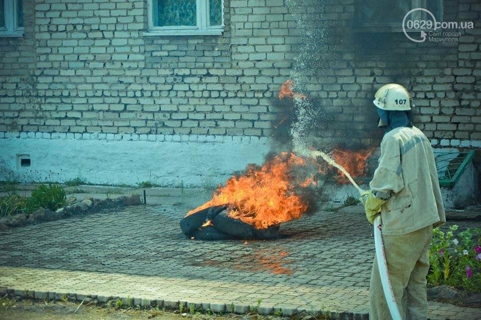 В Мариуполе осужденные женщины боролись с огнем (ФОТО), фото-13
