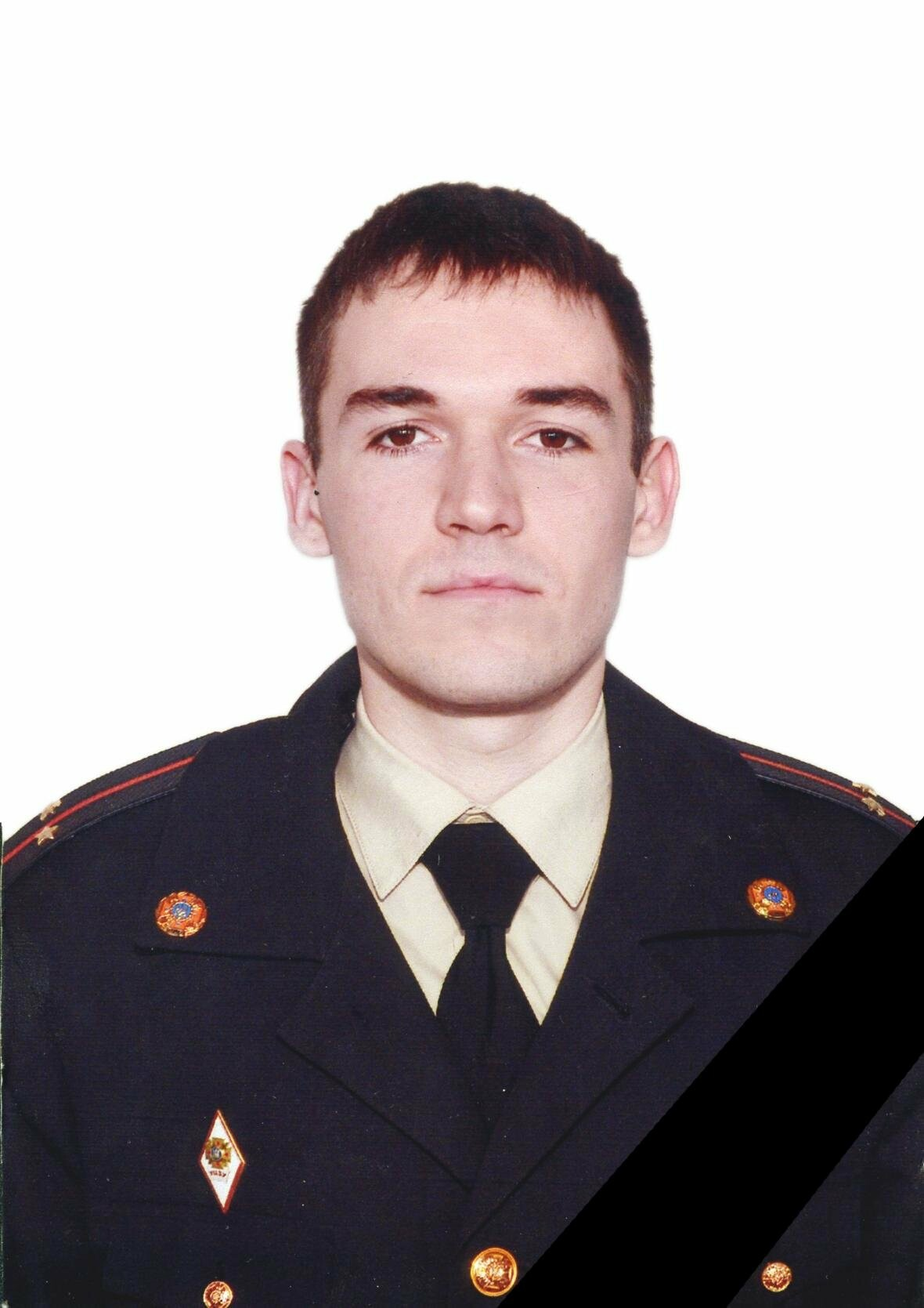 В Мариуполе на пожаре погиб 24-летний спасатель, фото-1