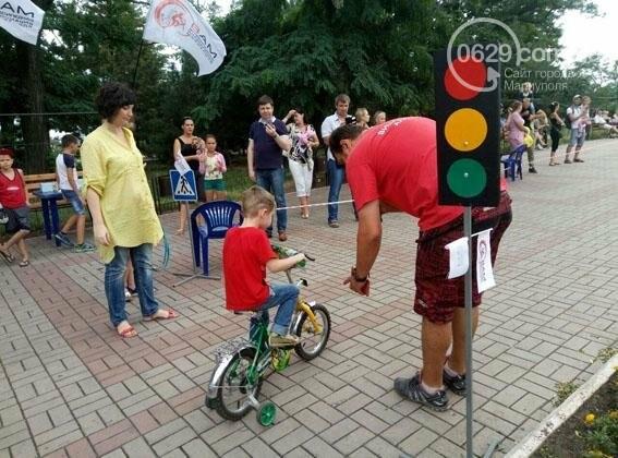 В Мариуполе полицейские проверили знания Правил дорожного движения у детей (ФОТО), фото-4