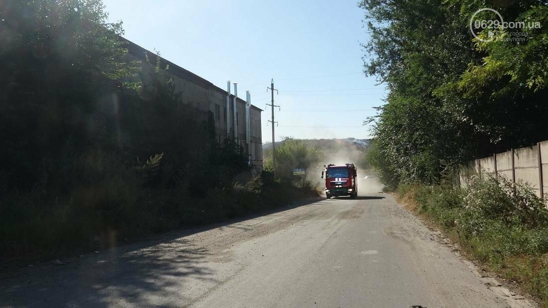 В Мариуполе горит закрытый полигон на Флотской (Дополнено, ФОТО), фото-3