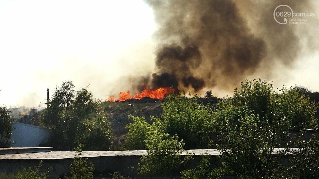 В Мариуполе горит закрытый полигон на Флотской (Дополнено, ФОТО), фото-1