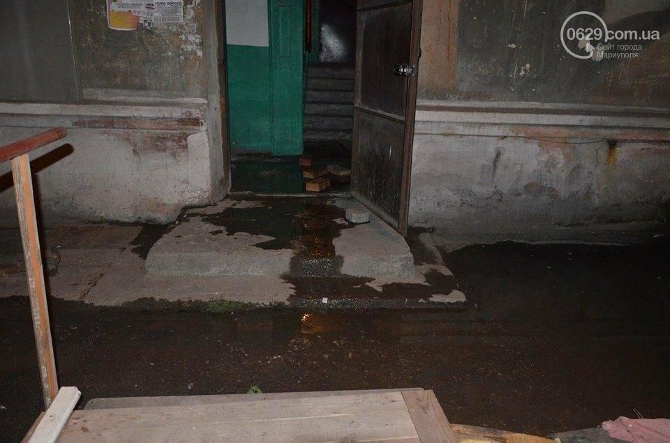 В Мариуполе перекрыто движение на пр. Лунина. Меняют канализационные трубы, фото-5