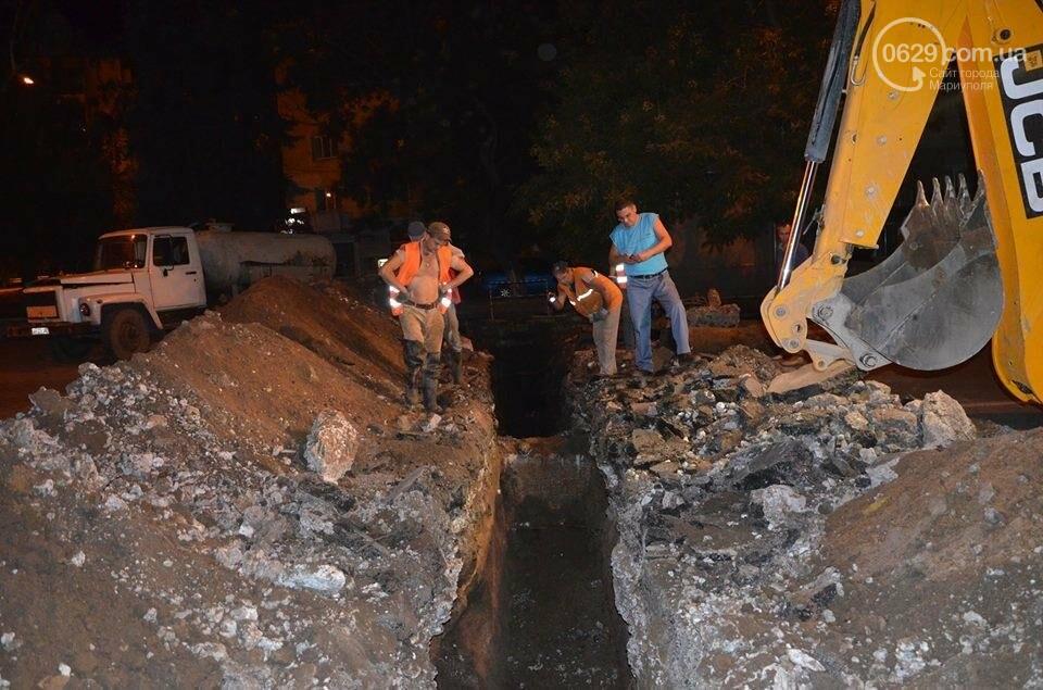 В Мариуполе перекрыто движение на пр. Лунина. Меняют канализационные трубы, фото-4