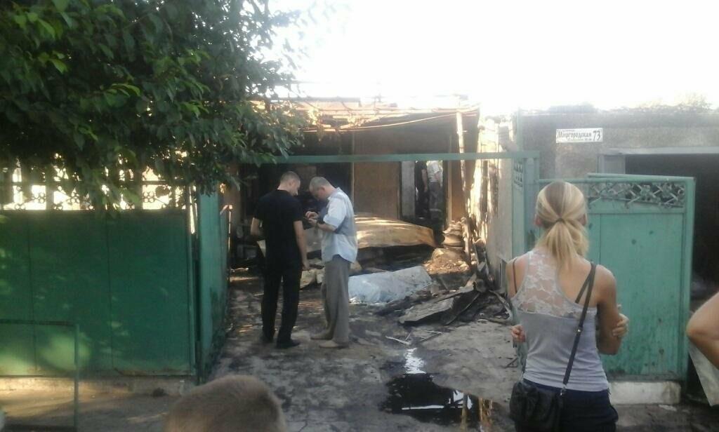 В Мариуполе на пожаре погиб хозяин дома (Фотофакт), фото-1