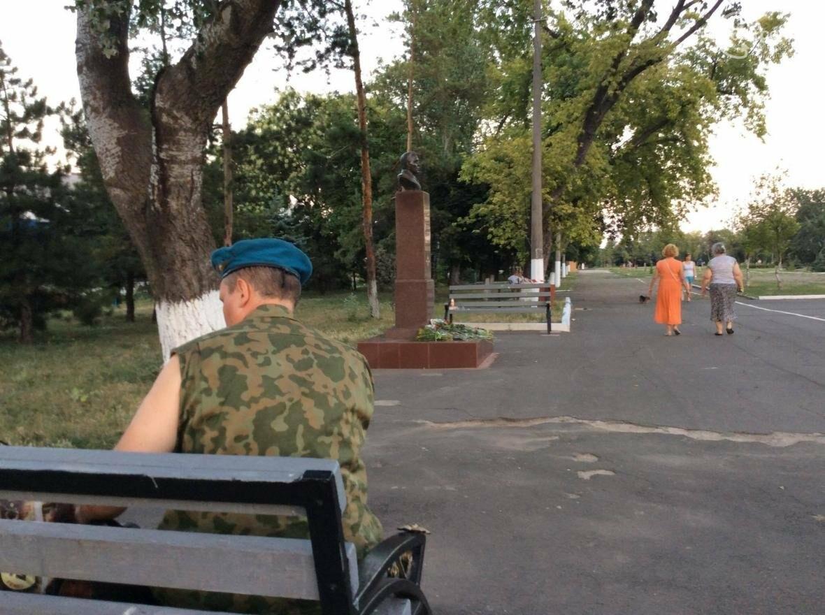 Мариупольские десантники отметили свой день тихо (ФОТО, ВИДЕО), фото-2
