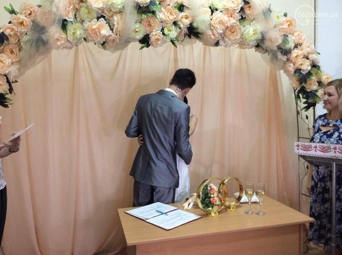 Мариуполь бьет все рекорды по  количеству заключенных  экспресс-браков(ФОТО), фото-5