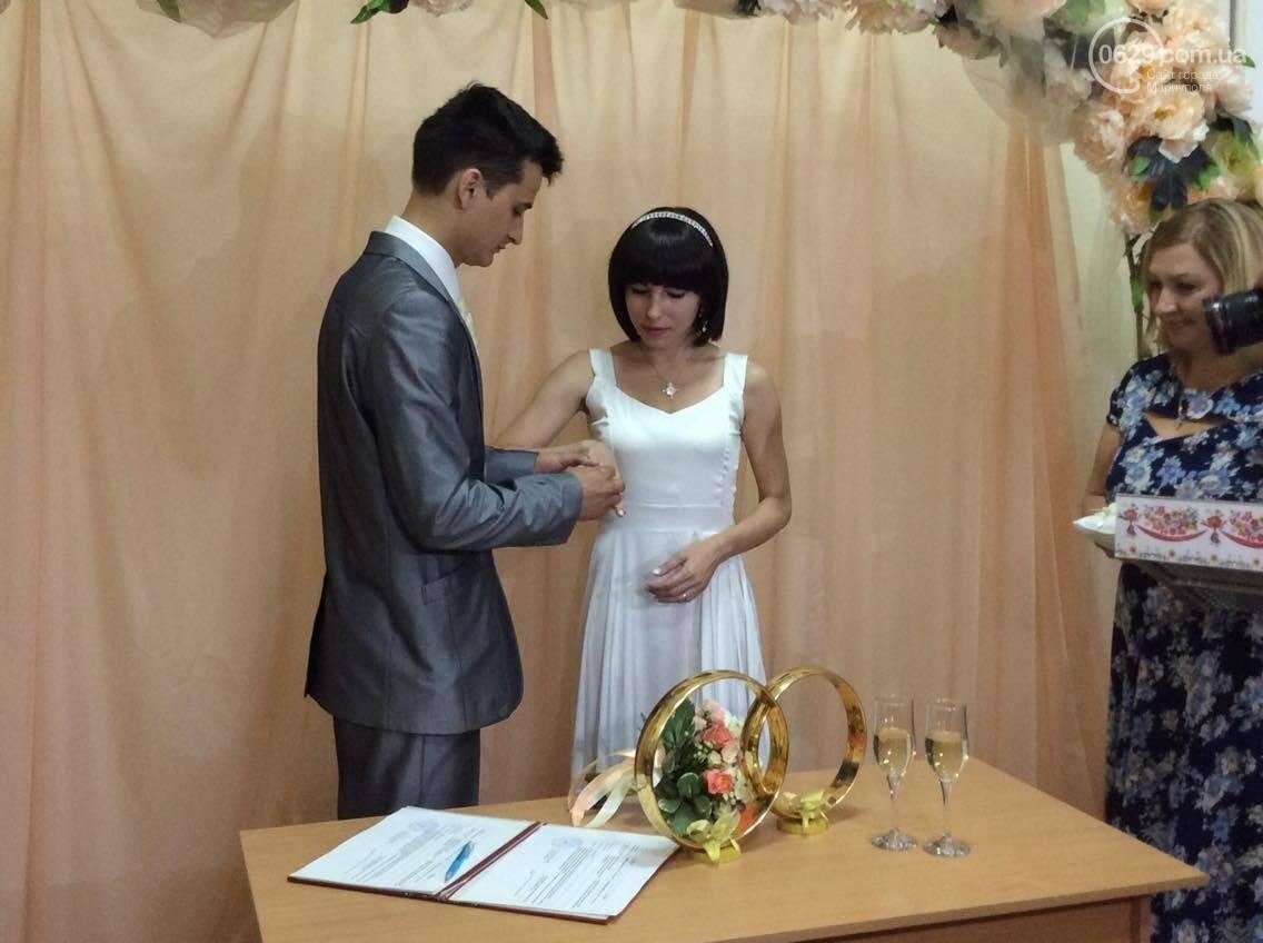 Мариуполь бьет все рекорды по  количеству заключенных  экспресс-браков(ФОТО), фото-4