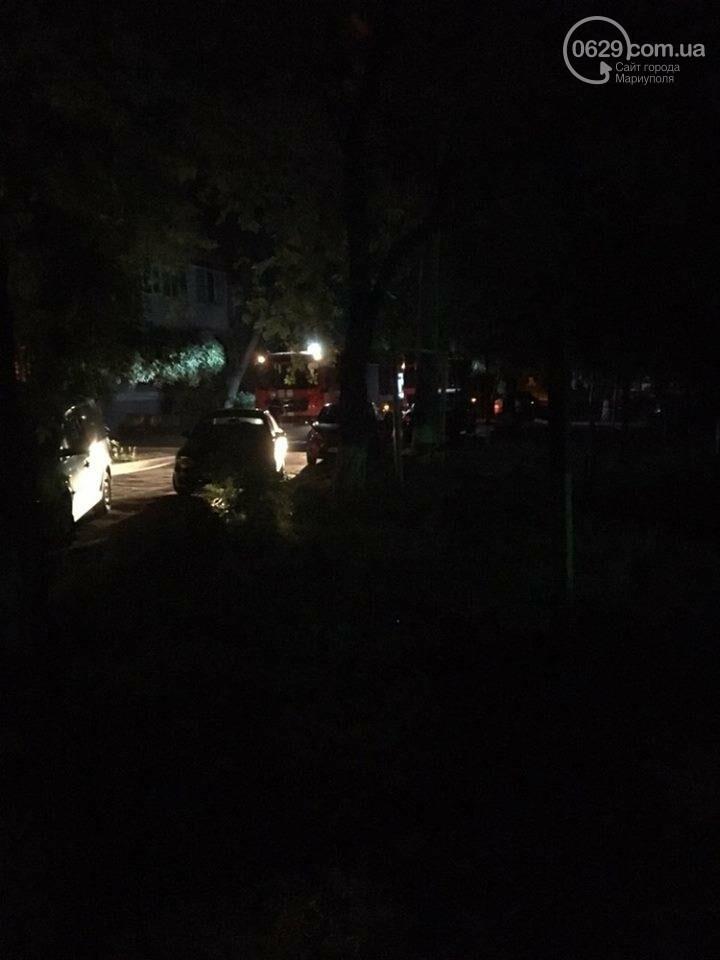 """В Мариуполе сгорел автомобиль """"Жигули"""", фото-1"""
