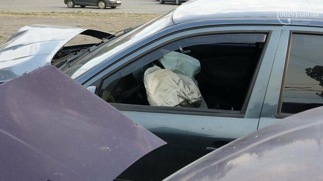 В Мариуполе в результате ДТП на Набережной пострадали 4 человека (ФОТО), фото-2