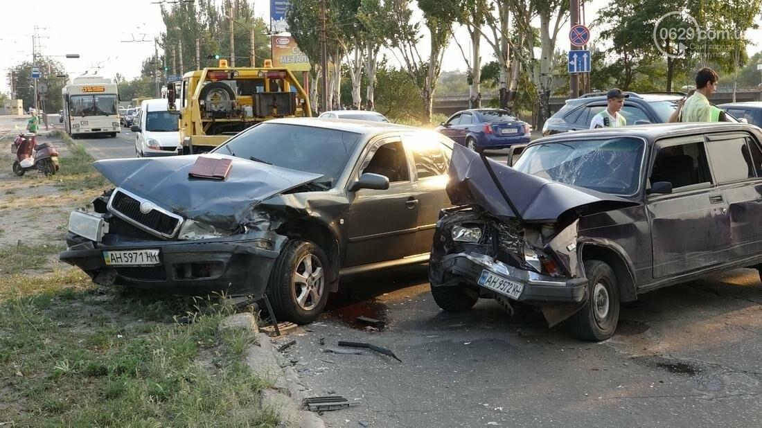 В Мариуполе в результате ДТП на Набережной пострадали 4 человека (ФОТО), фото-18
