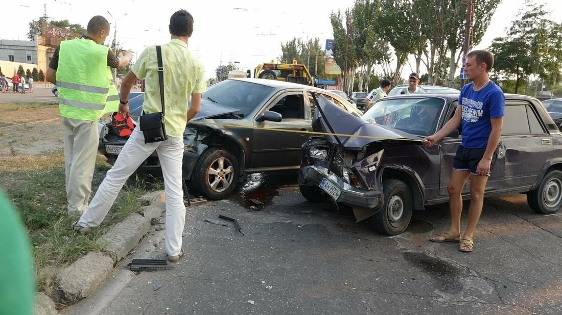 В Мариуполе в результате ДТП на Набережной пострадали 4 человека (ФОТО), фото-17