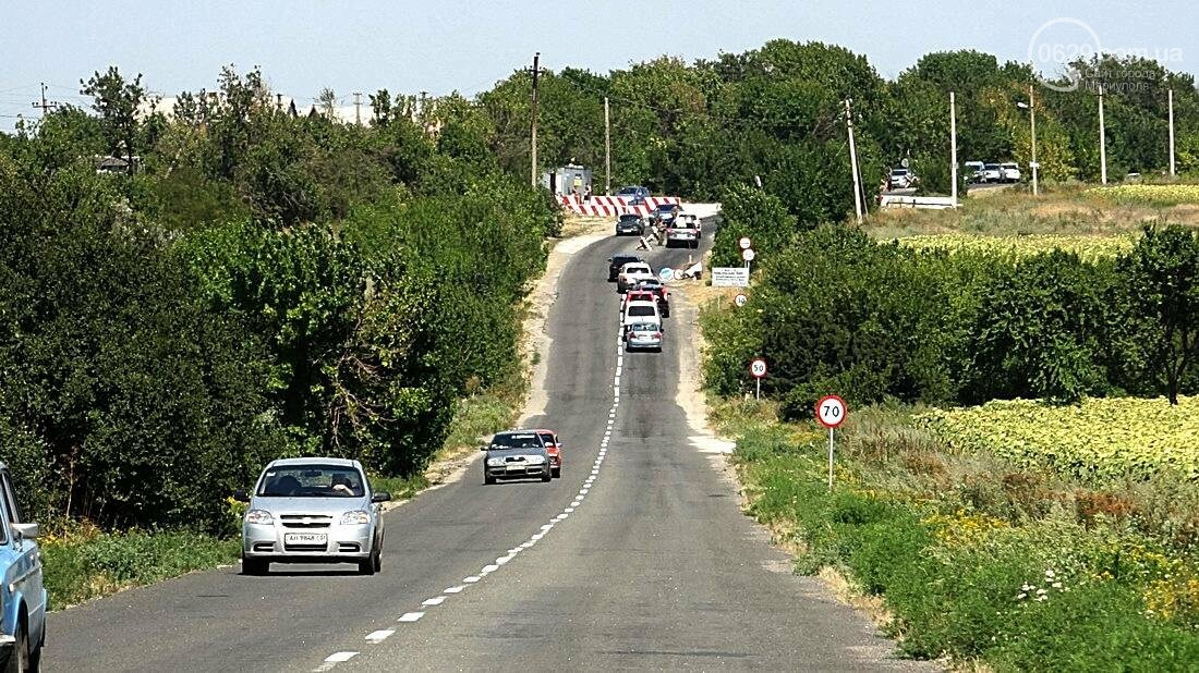 На въезде в Мариуполь столкнулись 5 автомобилей. Есть пострадавшие (ФОТО), фото-19