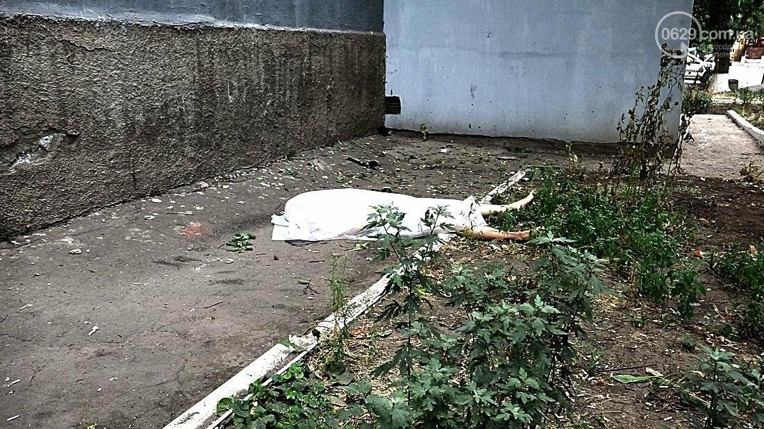 В Мариуполе обвалился балкон. Погиб молодой парень (ФОТО 18+), фото-6