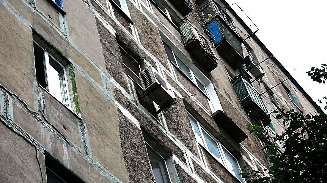 В Мариуполе обвалился балкон. Погиб молодой парень (ФОТО 18+), фото-5