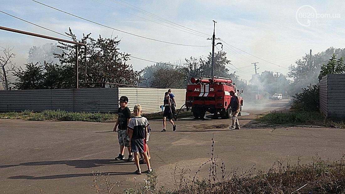 В Кальмиусском районе Мариуполя сгорел дом (ФОТО), фото-12