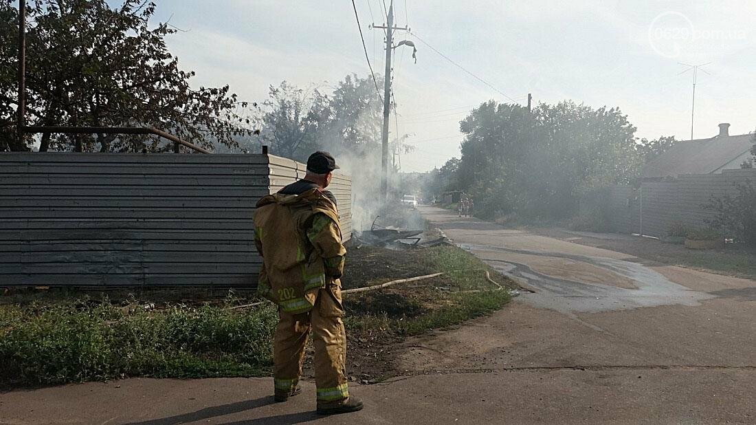 В Кальмиусском районе Мариуполя сгорел дом (ФОТО), фото-5