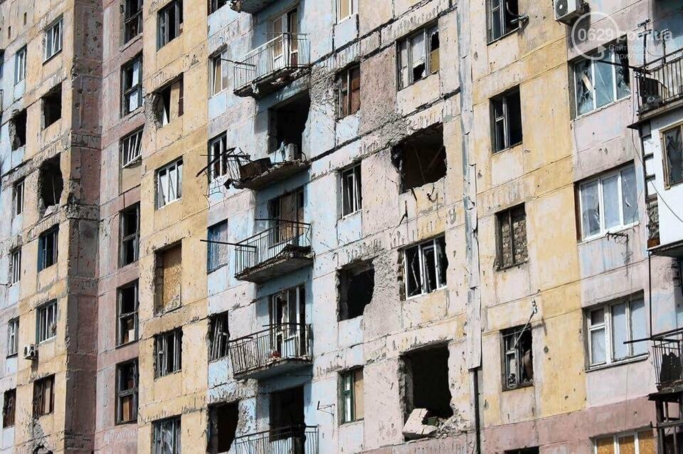 Министр инфраструктуры провел сутки на Донбассе: пообещал дороги, мосты, авиацию (ФОТО), фото-8, Владимир Омелян