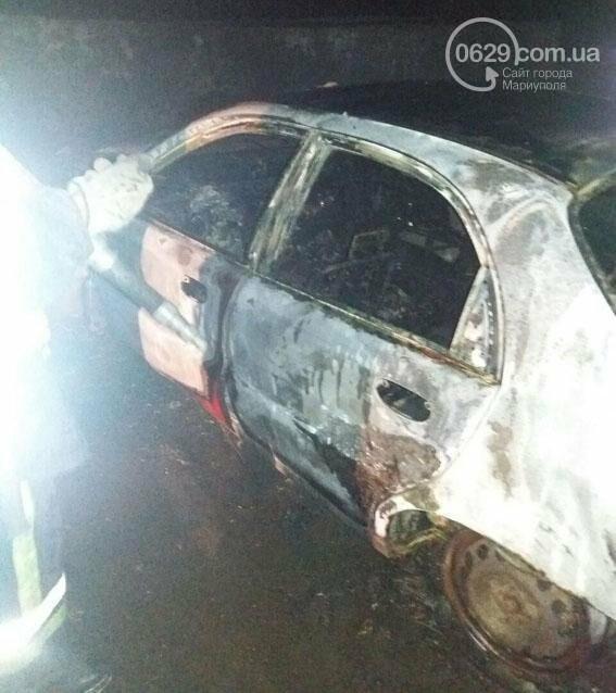 """Возле """"Сталевара"""" на въезде в Мариуполь сгорел автомобиль (ФОТО), фото-2"""
