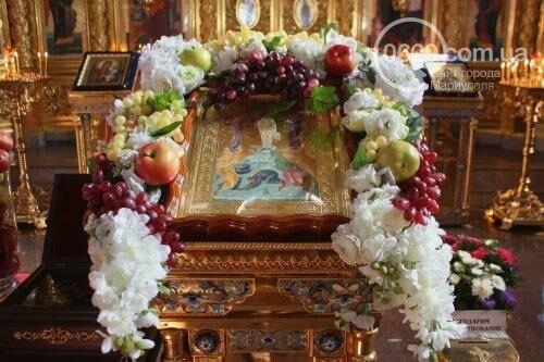 В Свято-Покровском храме с.Боевое славили чудо Преображения Господня и освящали плоды нового урожая, фото-1