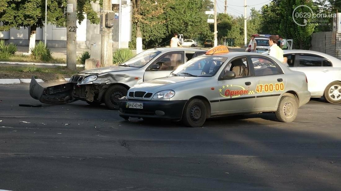 В Мариуполе беременная женщина-водитель попала в ДТП (ФОТО), фото-4