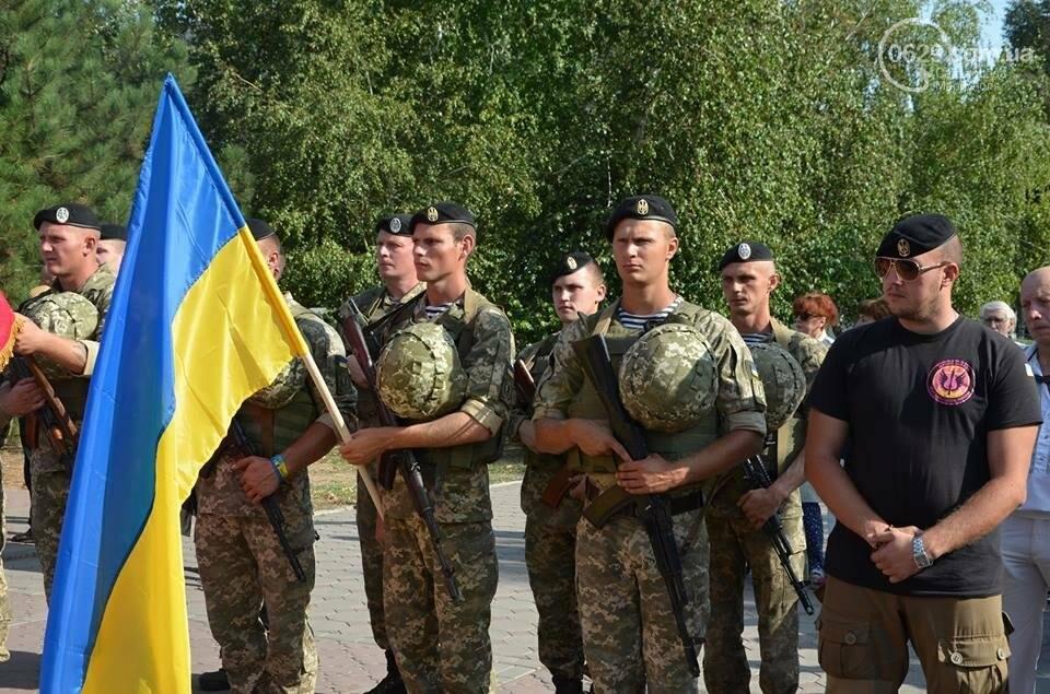 В Мариуполе молились за Украину и высадили флаг ко Дню независимости (ФОТО+ВИДЕО), фото-22