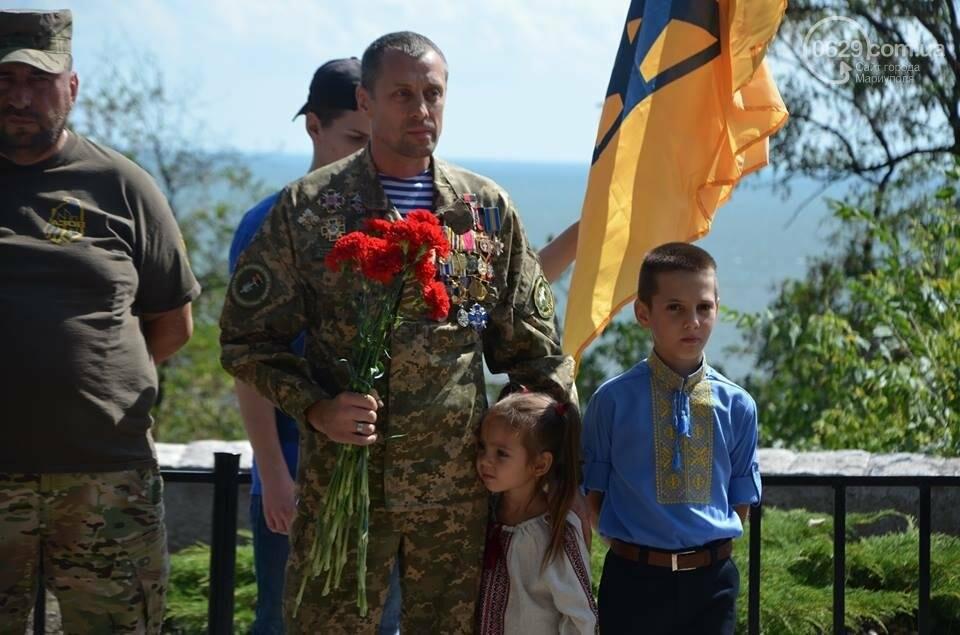 В Мариуполе открыли памятник воинам, погибшим за Украину (ФОТО+ВИДЕО), фото-3
