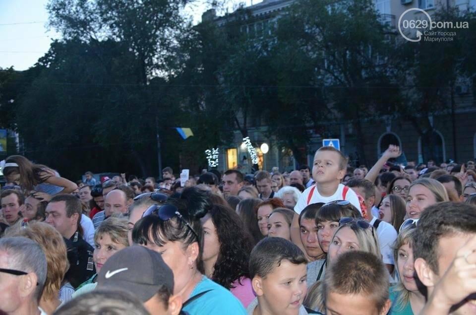 """В День независимости мариупольцев развлекали Могилевская и """"Real O"""" (ФОТО+ВИДЕО), фото-62"""