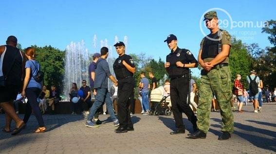 В Мариуполе три праздничных дня прошли без происшествий (ФОТО), фото-4