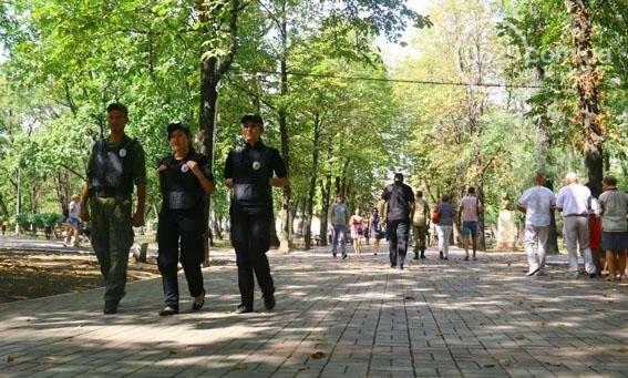 В Мариуполе три праздничных дня прошли без происшествий (ФОТО), фото-5