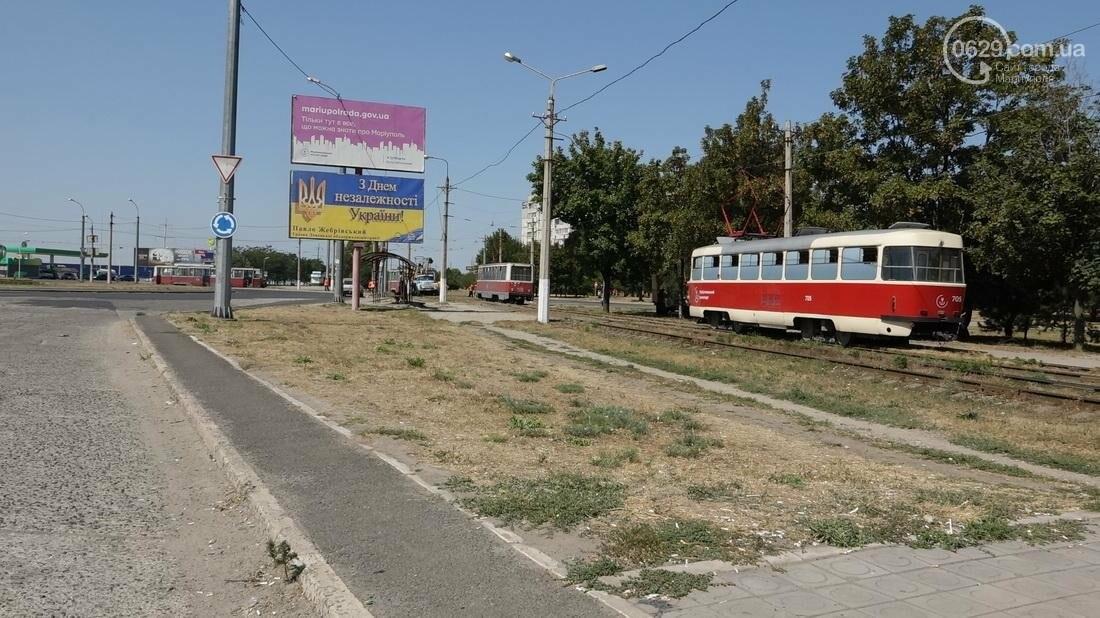В Мариуполе трамвай сошел с рельс (ФОТО), фото-7