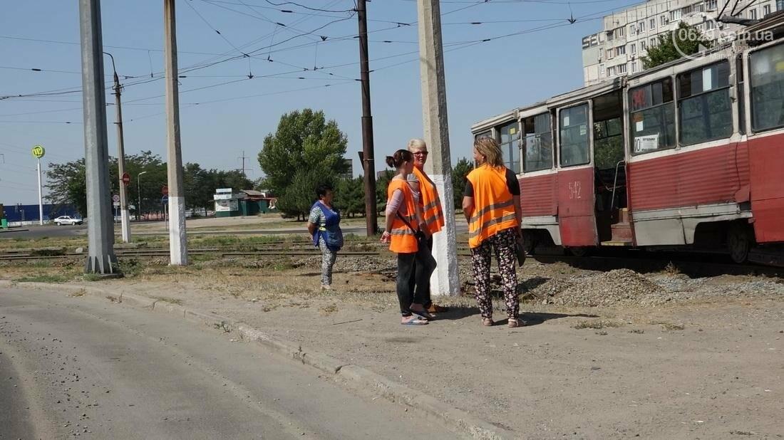 В Мариуполе трамвай сошел с рельс (ФОТО), фото-5
