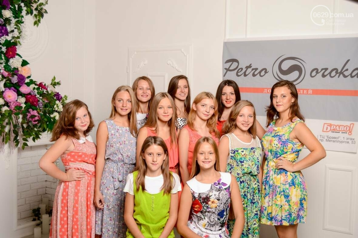 Воспитанницы детского центра получили в подарок платья от сети авторских магазинов Petro Soroka (ФОТО), фото-1